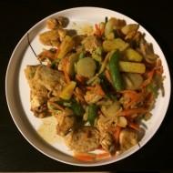 Wok med kylling og grøntsager
